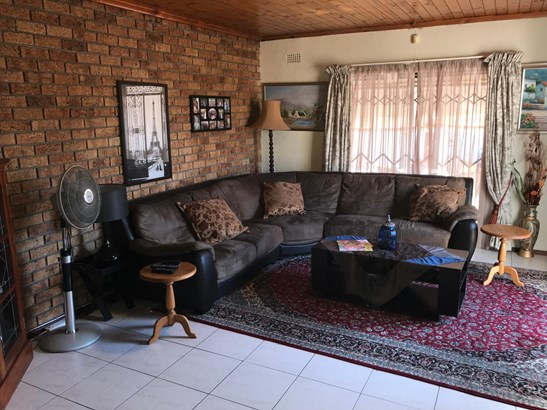 28 Coleford, Edgemead, Goodwood - ZAF (photo 5)