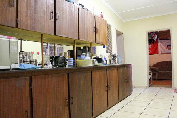 Miederpark, Potchefstroom - ZAF (photo 4)