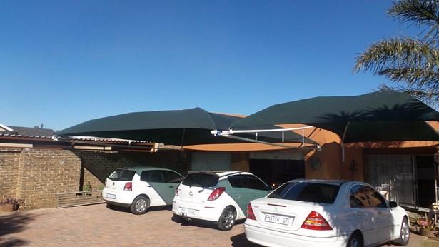 Dan Pienaarville, Krugersdorp - ZAF (photo 1)