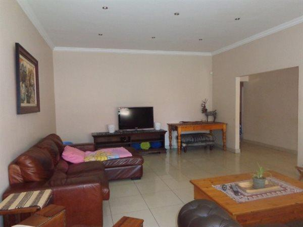 Parktown Estate, Pretoria - ZAF (photo 3)