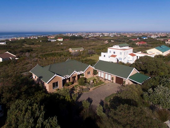 2492 Clarence, Bettys Bay - ZAF (photo 1)