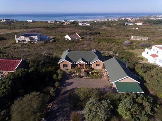 2492 Clarence, Bettys Bay - ZAF (photo 2)
