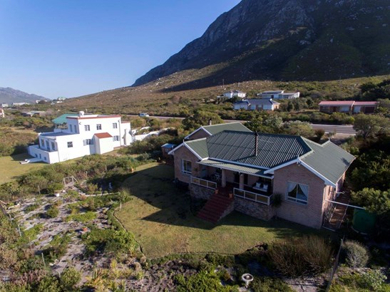 2492 Clarence, Bettys Bay - ZAF (photo 3)