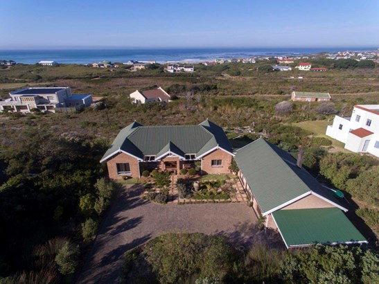 2492 Clarence, Bettys Bay - ZAF (photo 4)