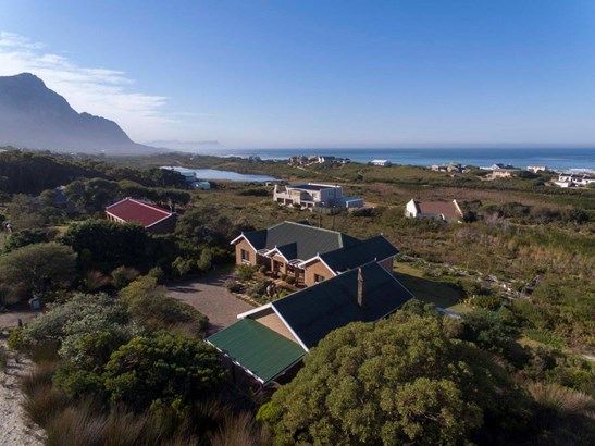2492 Clarence, Bettys Bay - ZAF (photo 5)