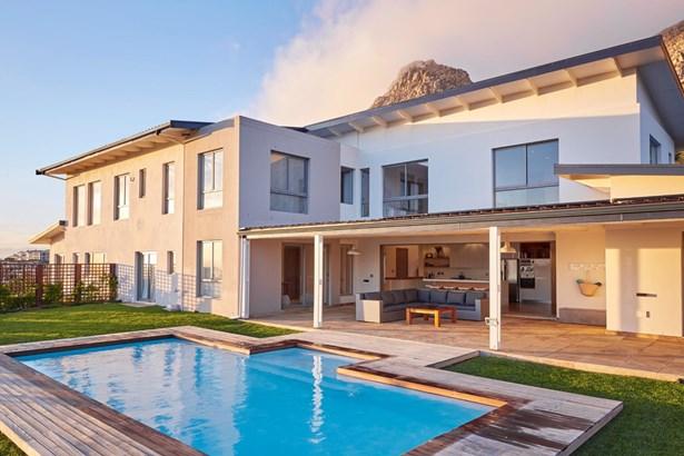 141 Cedarberg Way, Stonehurst Mountain Estate, Cape Town - ZAF (photo 2)