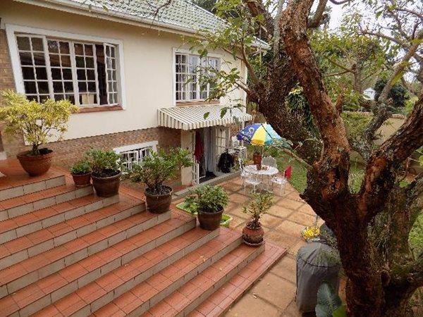 11 Ranleigh, Durban North - ZAF (photo 1)