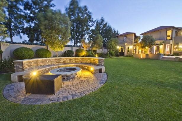 1760 Monterey, Dainfern Golf Estate, Dainfern - ZAF (photo 4)