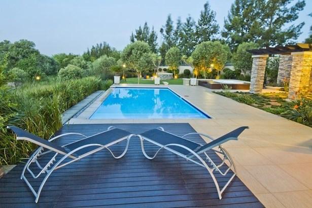 1760 Monterey, Dainfern Golf Estate, Dainfern - ZAF (photo 5)