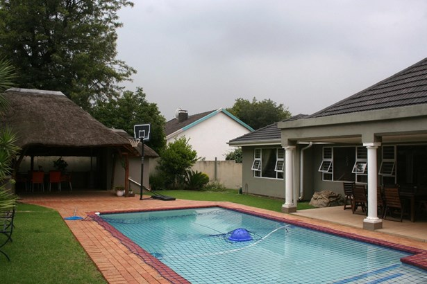 9 Erasmus , Eden Glen, Edenvale - ZAF (photo 1)