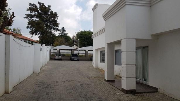 Kew, Johannesburg - ZAF (photo 4)