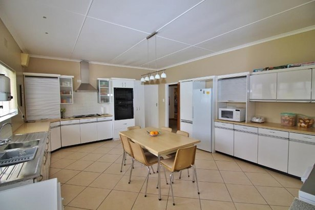 1 Victoria Street, Robertson - ZAF (photo 4)