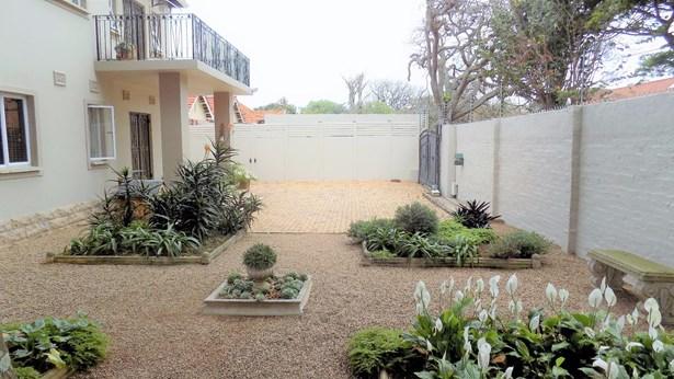 20 Glenmore, Durban North - ZAF (photo 2)