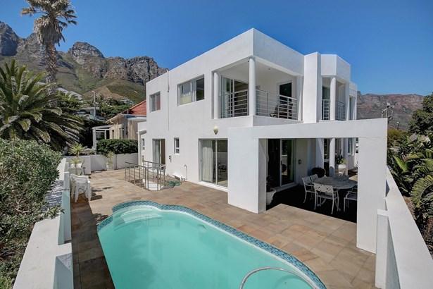 58 Victoria, Camps Bay, Cape Town - ZAF (photo 2)