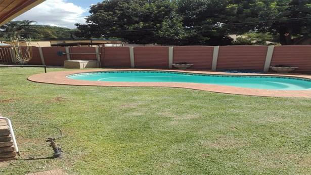 Parktown Estate, Pretoria - ZAF (photo 4)