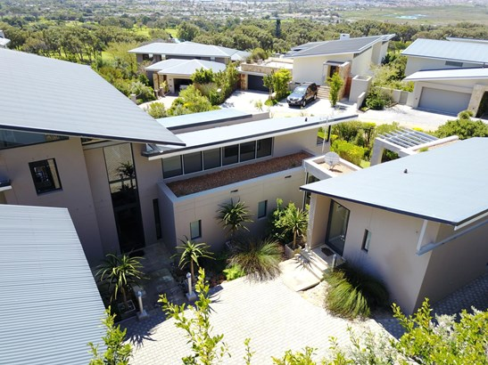 161 Piketberg, Constantia, Cape Town - ZAF (photo 3)