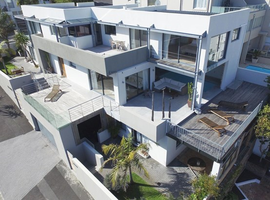 1 Berkley, Camps Bay, Cape Town - ZAF (photo 2)