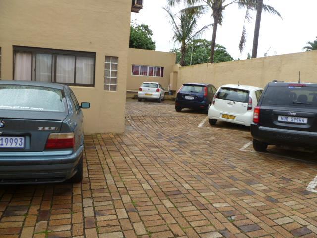 25 Ypsilanti, Glenashley, Durban North - ZAF (photo 2)