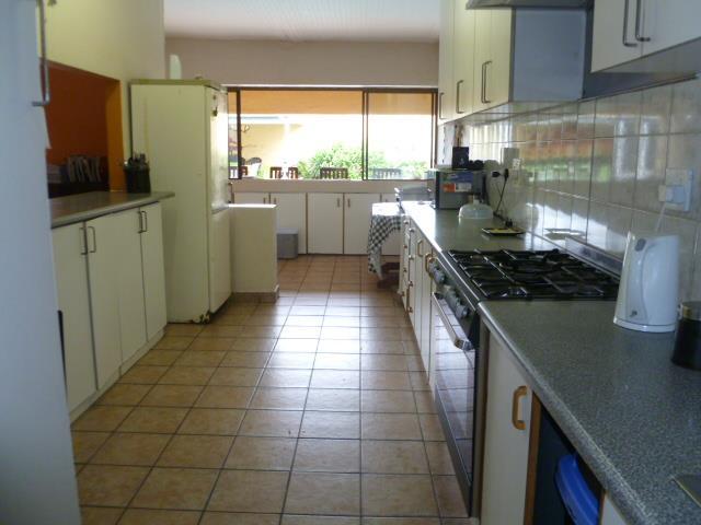 25 Ypsilanti, Glenashley, Durban North - ZAF (photo 4)