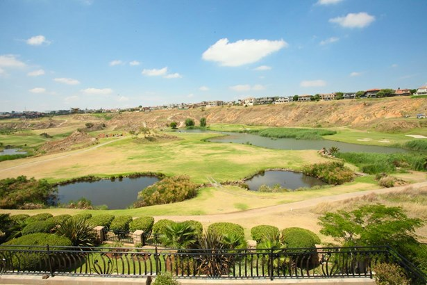 Eagle Canyon Golf Estate, Roodepoort - ZAF (photo 2)