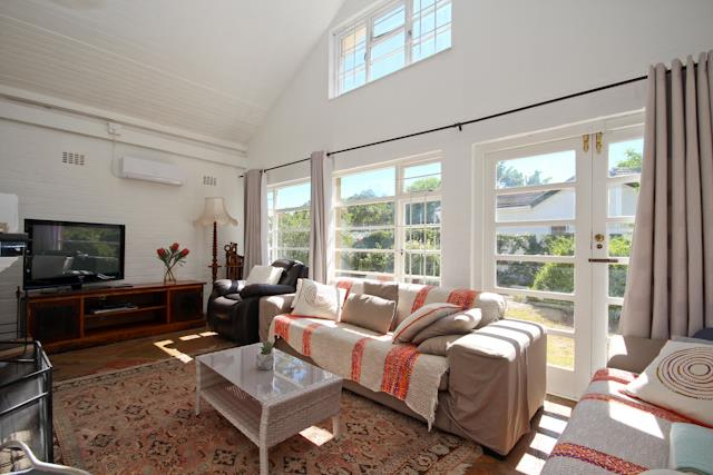 13 Charles, Constantia, Cape Town - ZAF (photo 4)