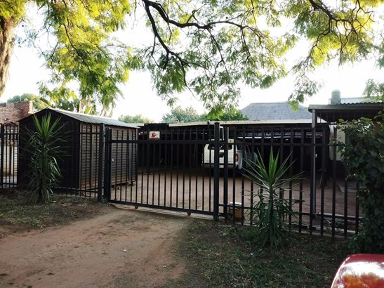Pretoria Gardens, Pretoria - ZAF (photo 5)