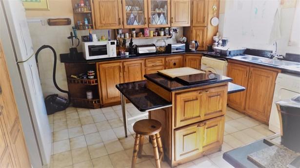 68 Marion, Glenashley, Durban North - ZAF (photo 2)