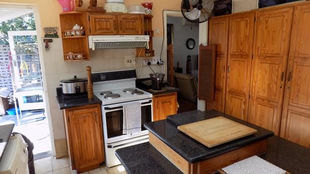 68 Marion, Glenashley, Durban North - ZAF (photo 3)