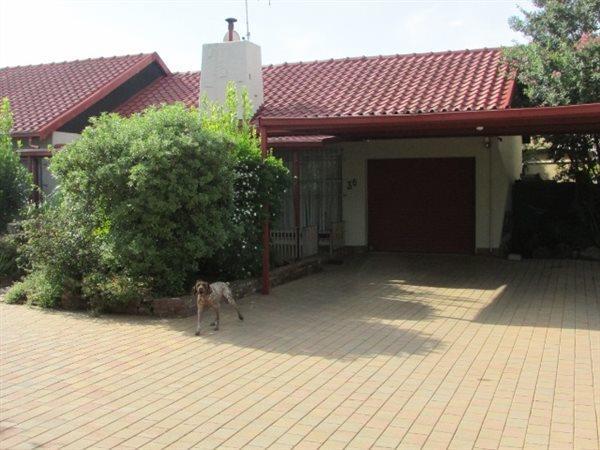 Kibler Park, Johannesburg - ZAF (photo 2)