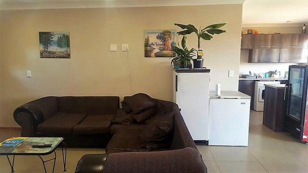 198 Rustenberg, Wildtuin Park, Krugersdorp - ZAF (photo 3)