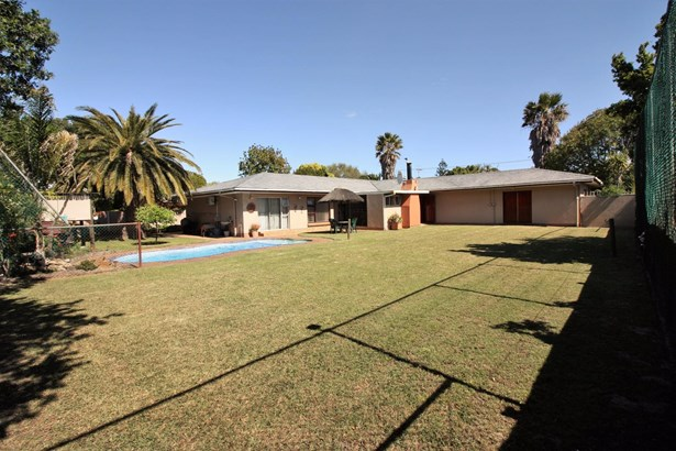 10 Paul Kruger, Soneike, Kuils River - ZAF (photo 4)