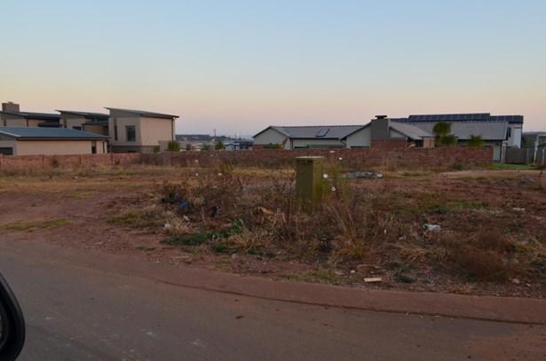 5055 Agena, Midstream Estate, Centurion - ZAF (photo 1)