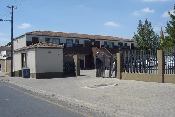 Belmont Park, Kraaifontein - ZAF (photo 1)