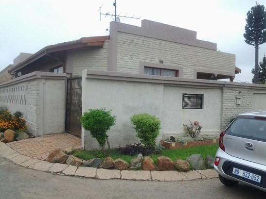 Pimville Zone 7, Soweto - ZAF (photo 2)