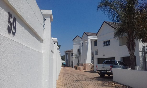 26 Fore, New Redruth, Alberton - ZAF (photo 2)