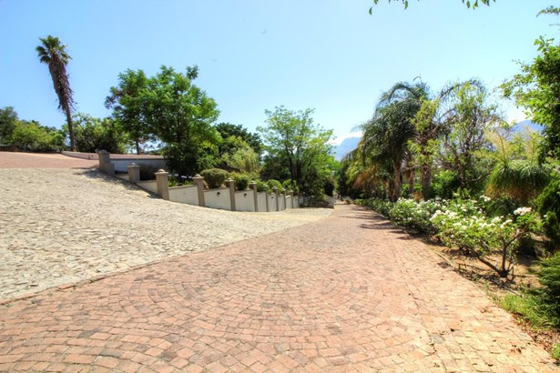 Paarl Central West, Paarl - ZAF (photo 4)