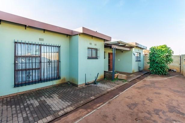 9 Mondi, Dobsonville, Soweto - ZAF (photo 1)