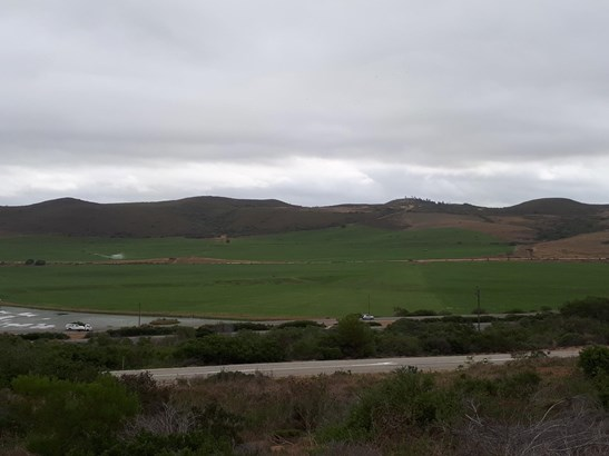 Reebok, Mossel Bay - ZAF (photo 4)