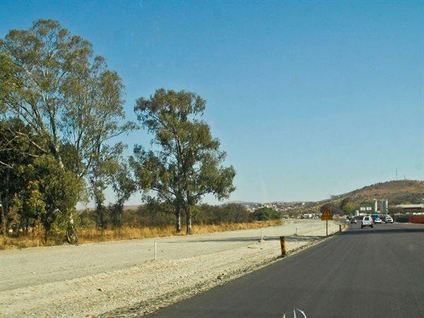 Waterval, Rustenburg - ZAF (photo 1)