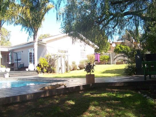 14 Westbrooke, Mangold Park, Port Elizabeth - ZAF (photo 1)