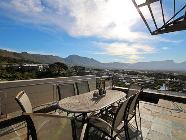 155 Piketberg, Stonehurst Mountain Estate, Cape Town - ZAF (photo 1)