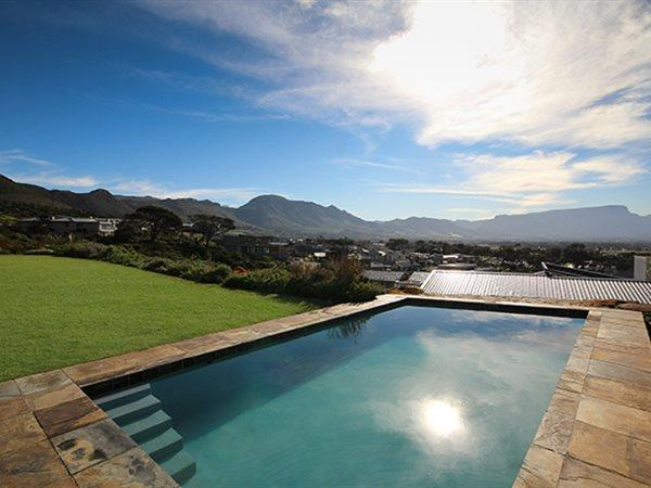 155 Piketberg, Stonehurst Mountain Estate, Cape Town - ZAF (photo 2)