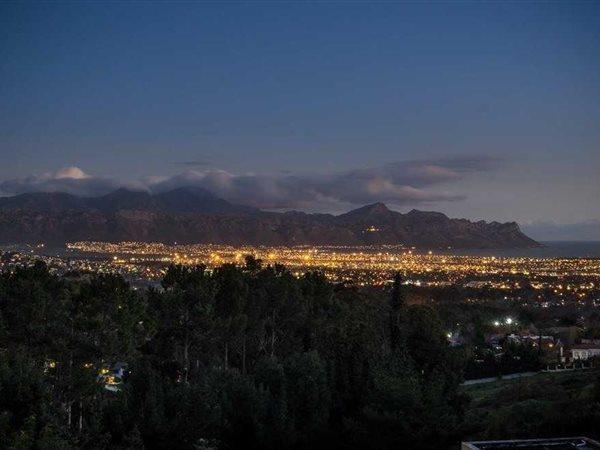 66 Silverboomkloof, Somerset West - ZAF (photo 4)