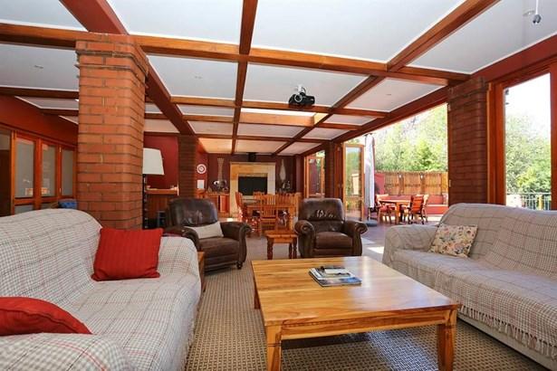27 St Patrick, Houghton Estate, Johannesburg - ZAF (photo 4)