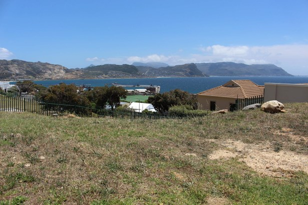 3 Colebrooke, Simons Town Central, Simons Town - ZAF (photo 4)