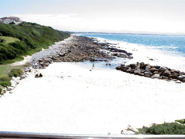 Ss36 4b Foreroyal, Port St Francis, St Francis Bay - ZAF (photo 2)