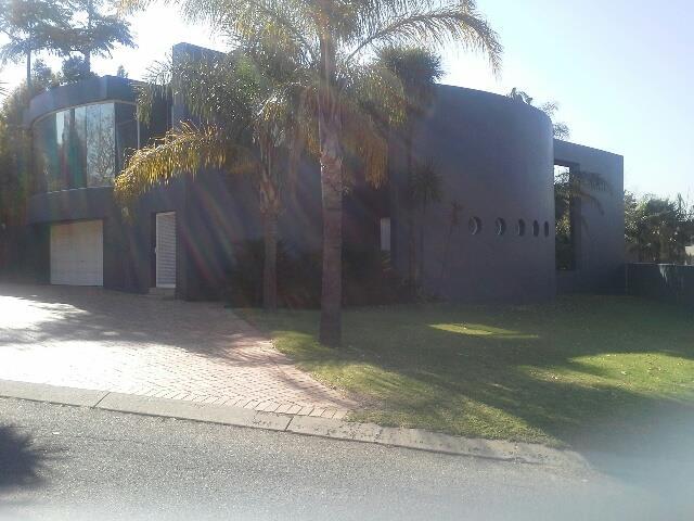 Kyalami Estate, Midrand - ZAF (photo 1)
