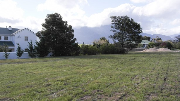 129 Theewaterskloof Estate, Villiersdorp - ZAF (photo 4)