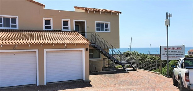 10 Casa Baleia, Port St Francis, St Francis Bay - ZAF (photo 1)