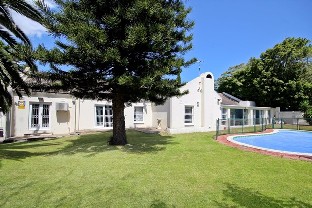 3 Withycombe, Constantia, Cape Town - ZAF (photo 1)